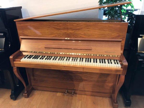 Piano Jahn | Polerad valnöt - Top