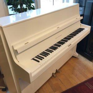 Svenska Pianofabriken | Vit sidenmatt