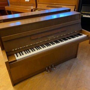 Piano Yamaha modell C