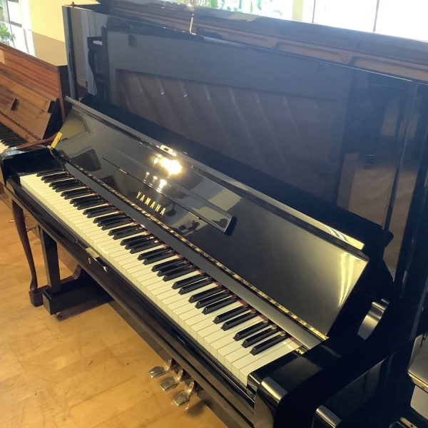 Piano Yamaha U3 | Polerad svart - 3